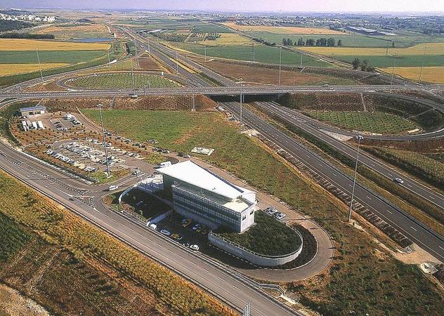 1999 - Establishment of the Infrastructure Division and commencement of construction works on Trans-Israel Highway