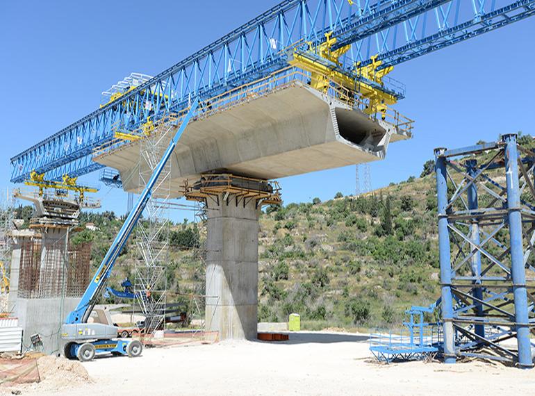 דניה סיבוס - גשר מוצא - תמונה 2