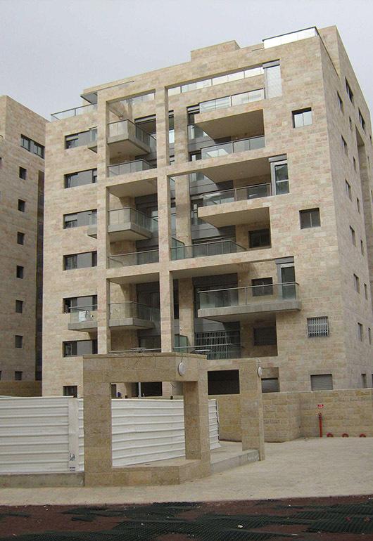 דניה סיבוס - גני ציון ירושלים - תמונה 5