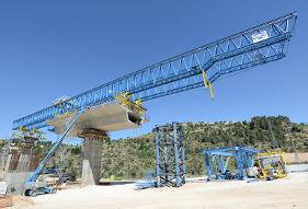 Danya cebus - Motza Bridge