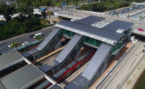 דניה סיבוס - תחנת רכבת סבידור מרכז - תמונה 1