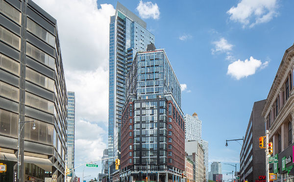 דניה סיבוס - 1 Flatbush Avenue, Brooklyn NY